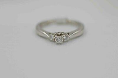 14k wg .25cttw 3 diamond rg