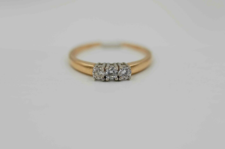 14k yg .25ttw 3 diamond band