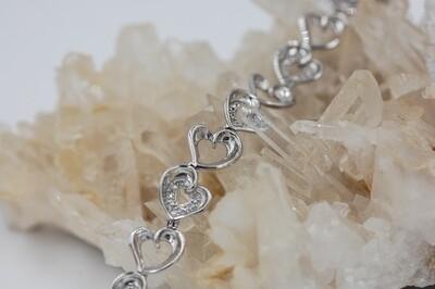 .11cttw diamond heart bracelet .925