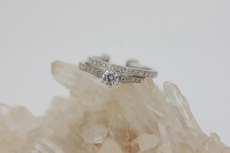 14k wg 2 peice bridal set-1/3 RBC center- .25ct side stones