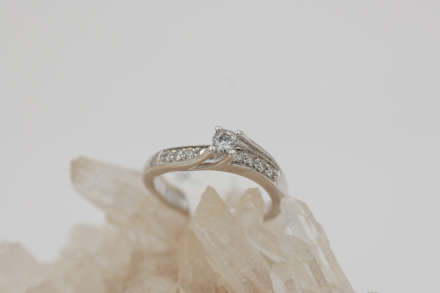 14kwg  diamond ring - bypass style -1/4ct center w/ .12 ctw side SI1 H-I