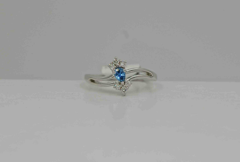 wg .23 YOGO/.14ct dia ring