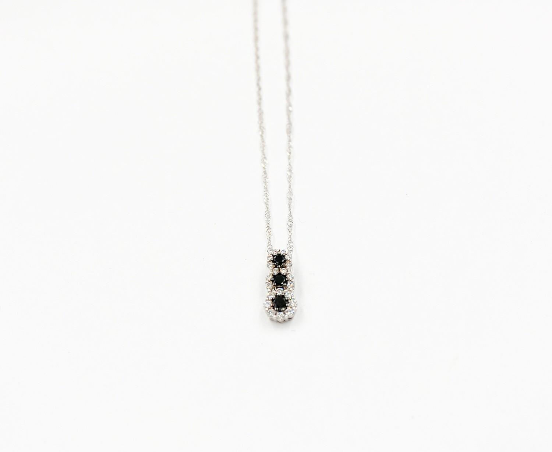 18kw .33cttw black & white diamond pendant