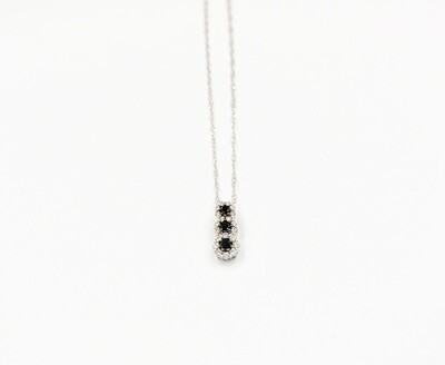 18kw .33cttw black & white diamond pendant