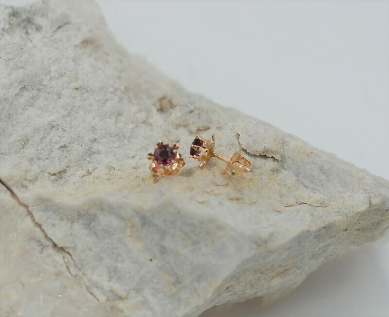 4mm round amethyst stud earrings - 14ky