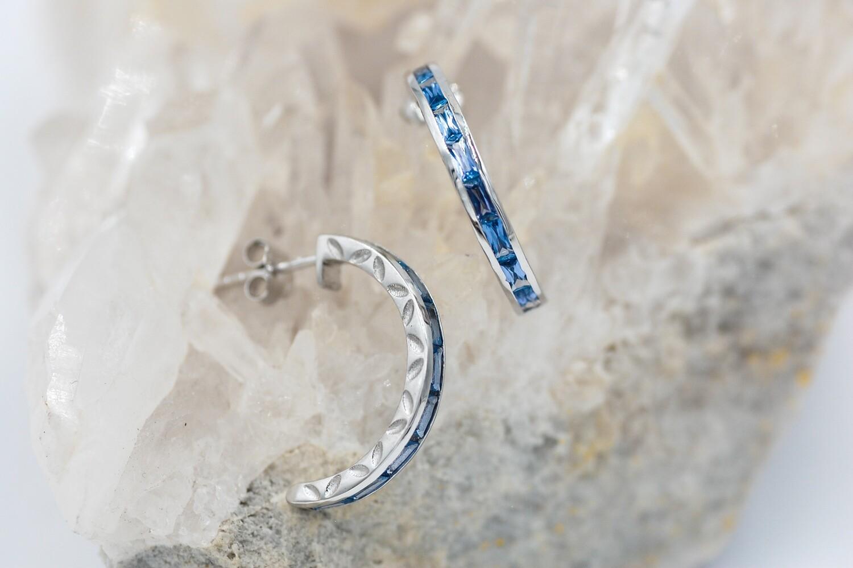14k wg 1.06ct Yogo sapphire half hoop earring