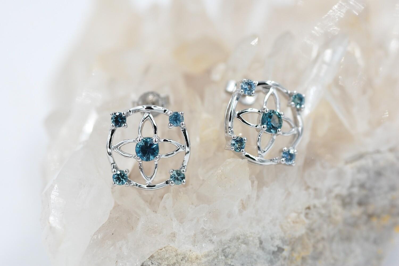 14k wg Montana sapphire post earrings -flower style w/ 5 stones 3/4 cttw
