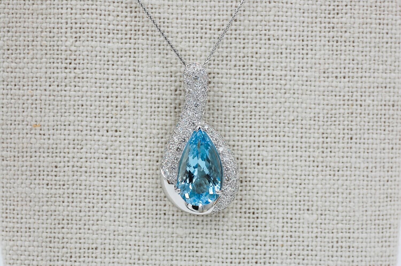 """18k 4.32 Pear Shape Aquamarine pendant w/ 1.25cttw pave' diamond accent - 18""""chain"""