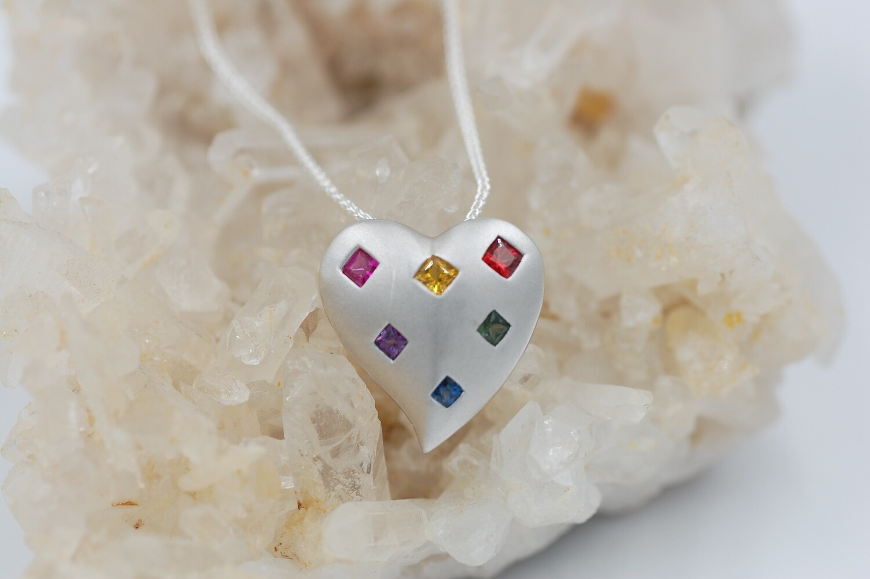 Rainbow sapphire heart shaped pendant w/ .90cts princess cut saph -.925