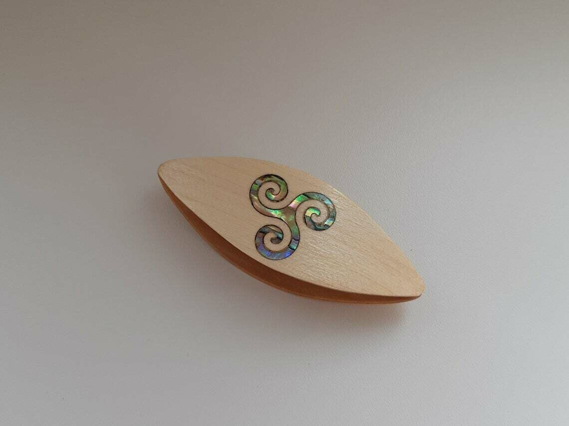 Tatting Shuttle Maple Mother-of-Pearl Curve Inlay
