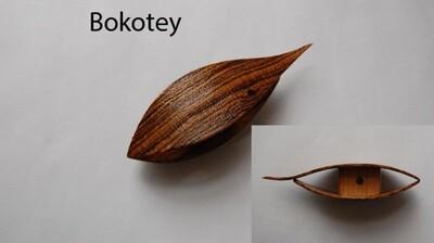 Tatting Shuttle With Pick Bokotey