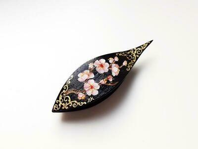 Tatting Shuttle With Pick Black Wood Sakura Painted