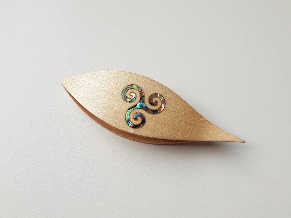 Tatting Shuttle With Pick Maple Mother-of-Pearl Curve Inlay