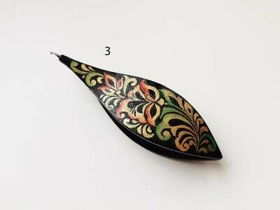 Tatting Shuttle With Hook Black Wood Painted​