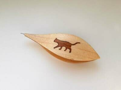 Tatting Shuttle With Hook Maple Mahogany Wood Cat Inlay