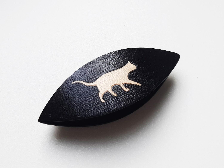 Tatting Shuttle Black Wood Maple Cat Inlay