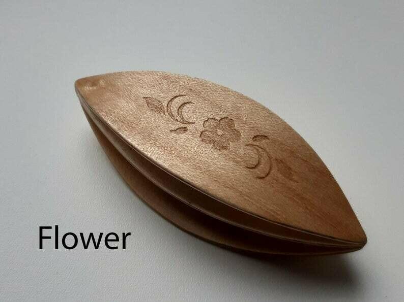 Double Decker Tatting Shuttle Maple Flower Engraved