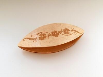 Tatting Shuttle Maple With Engraving #11