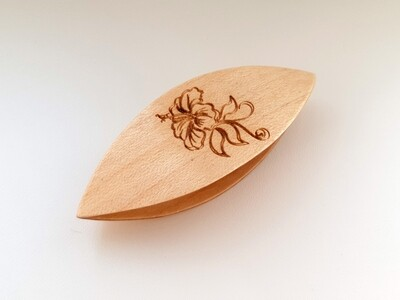 Tatting Shuttle Maple With Engraving #12