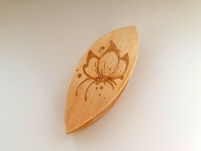 Tatting Shuttle Maple With Engraving #9
