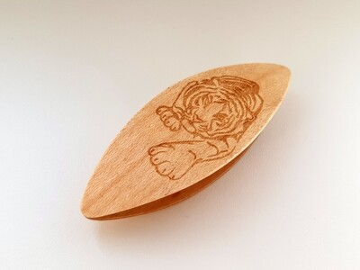 Tatting Shuttle Maple With Engraving #23