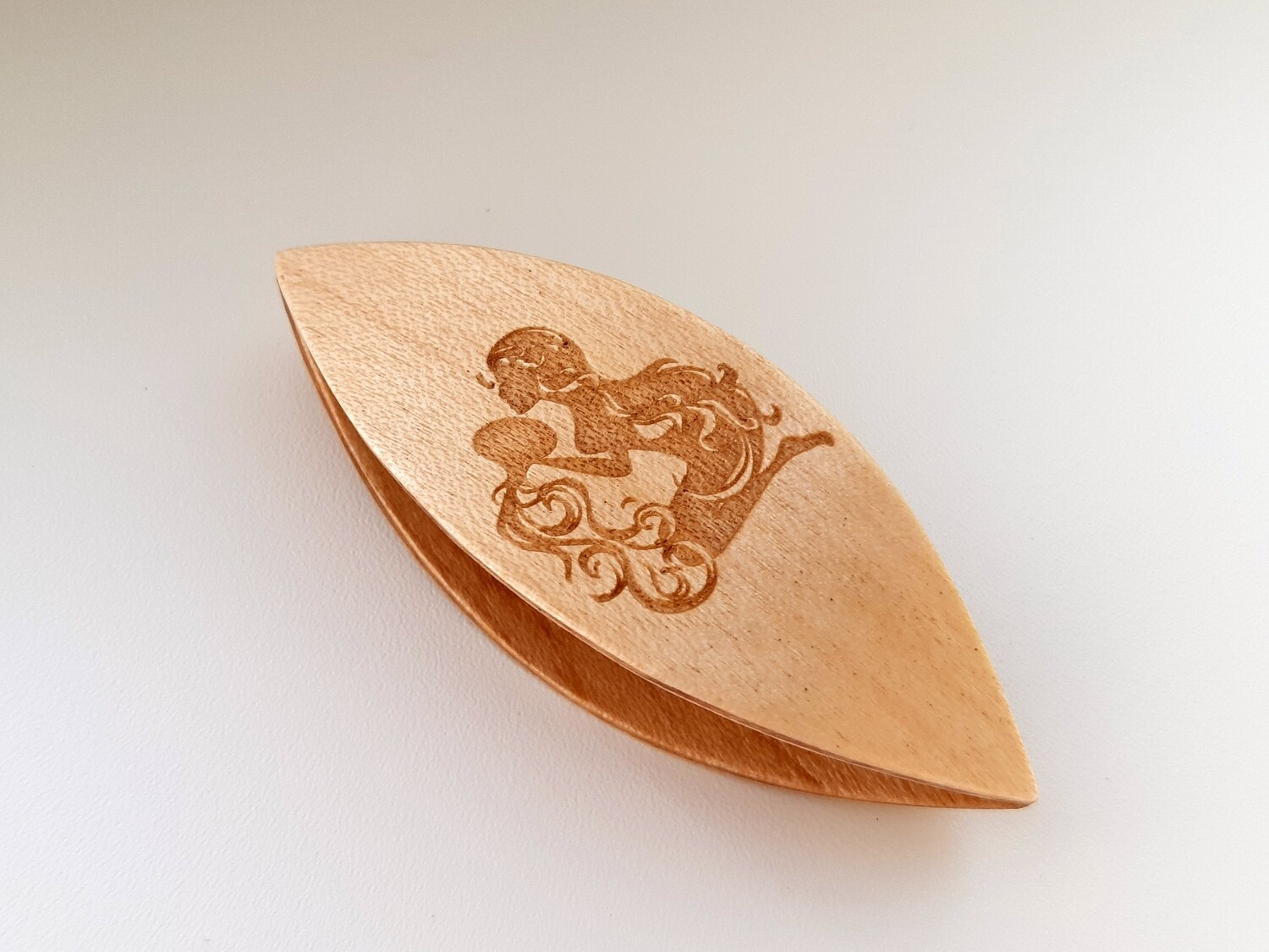 Tatting Shuttle Maple With Engraving #22