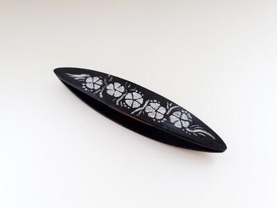 Beanile Tatting Shuttle Black Wood Painting