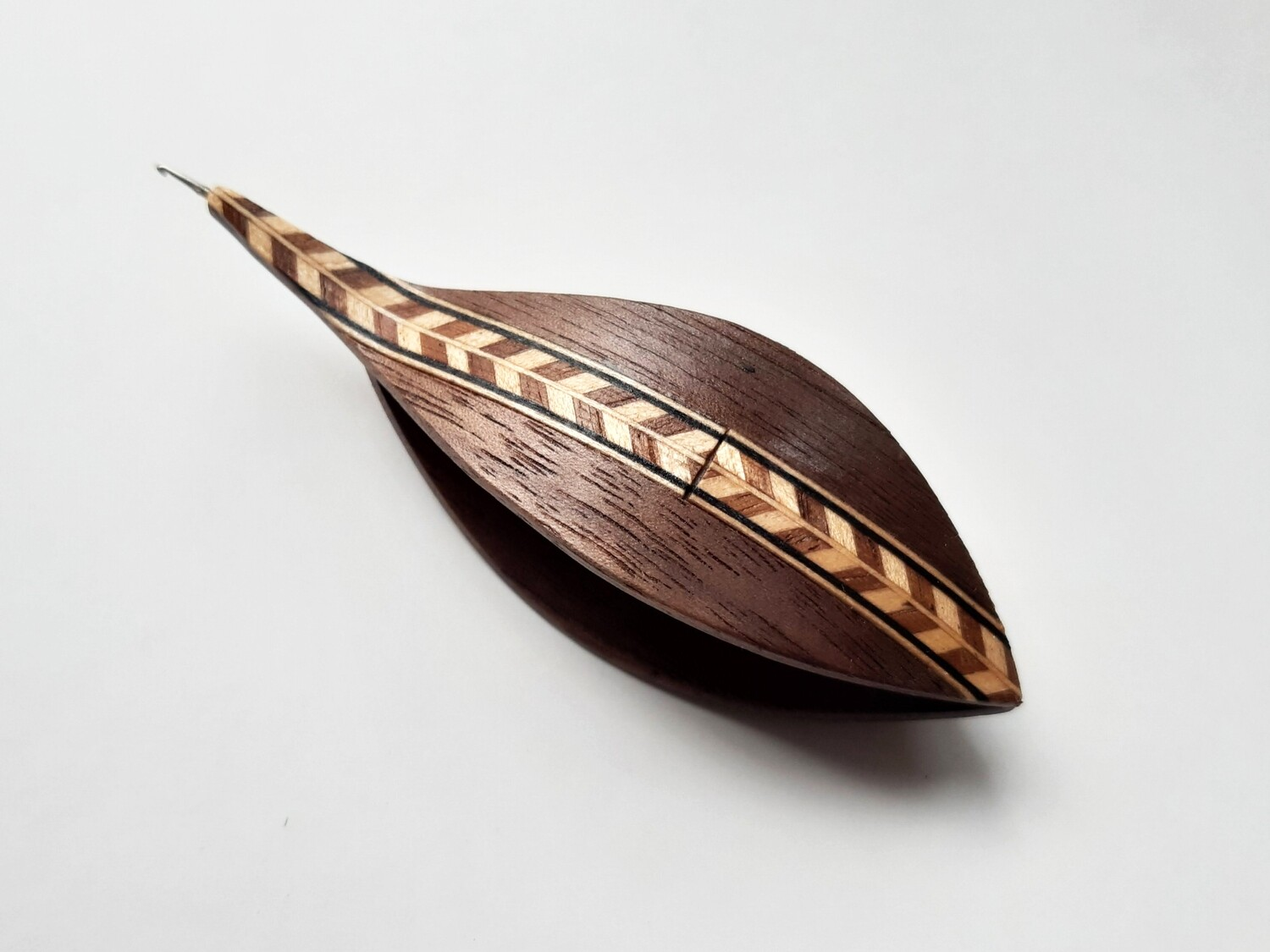 Tatting Shuttle With Hook Walnut Marquetry