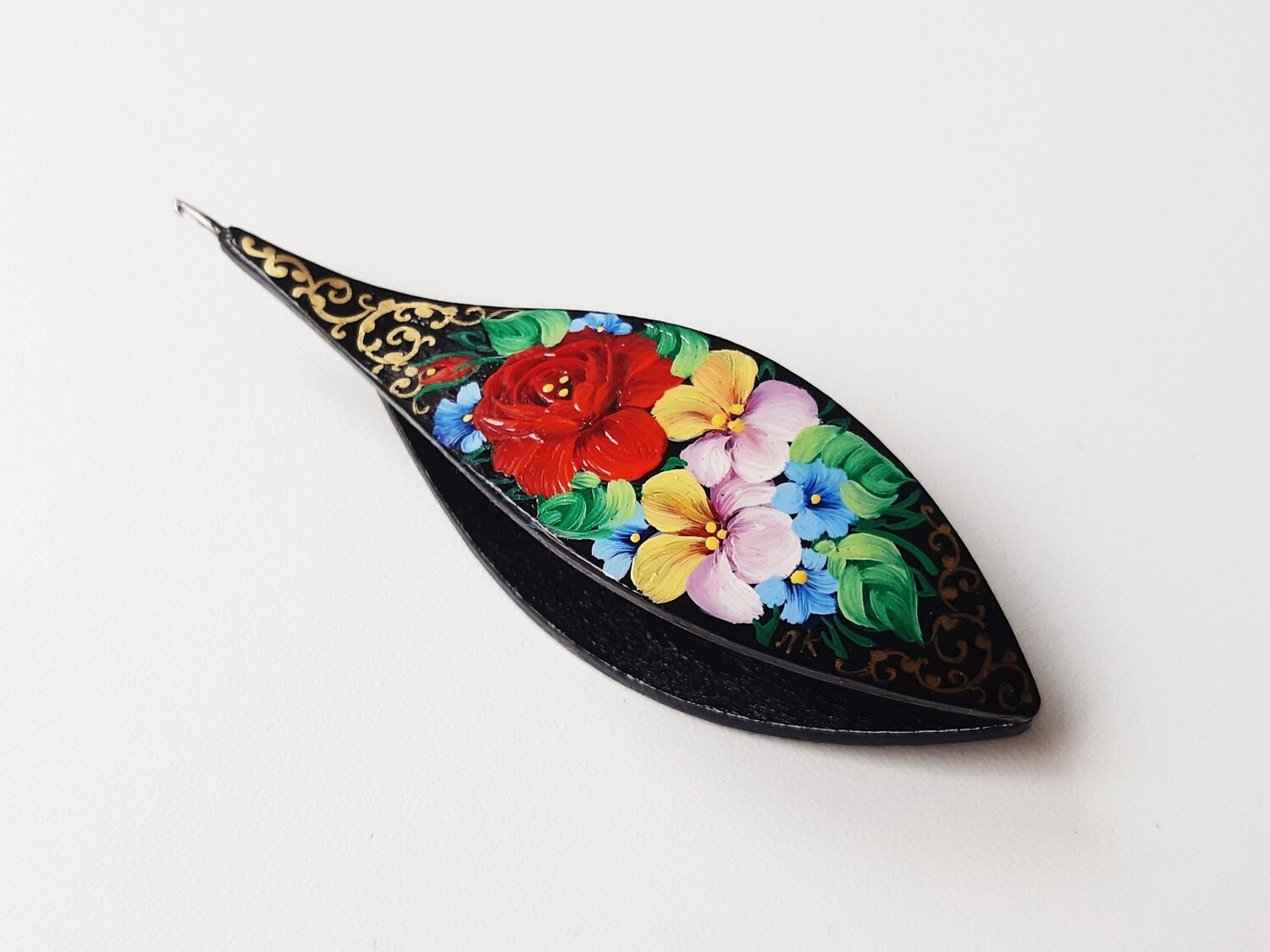 Tatting Shuttle With Hook Black Wood Painted