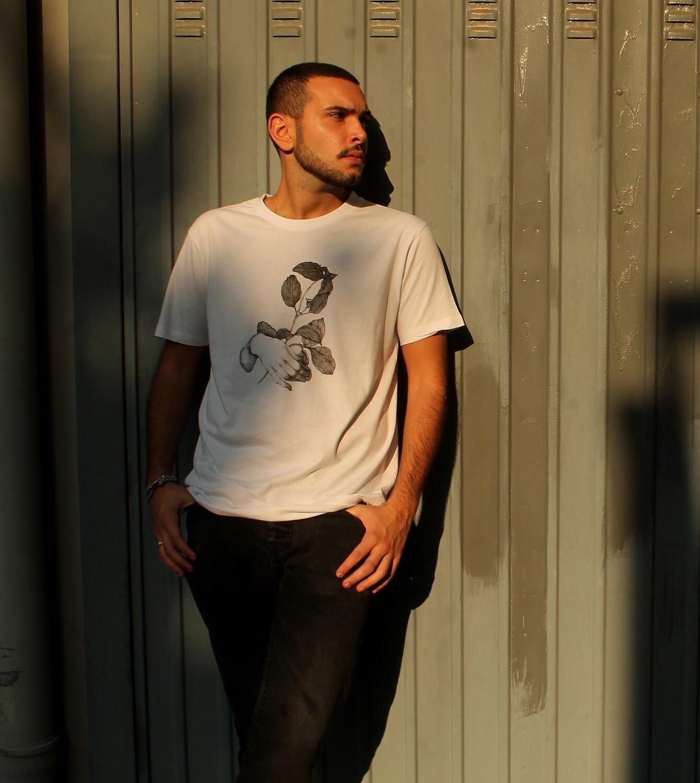"T-Shirt Unisex ""Holy Basil"" Stylist: Dario Baroli"