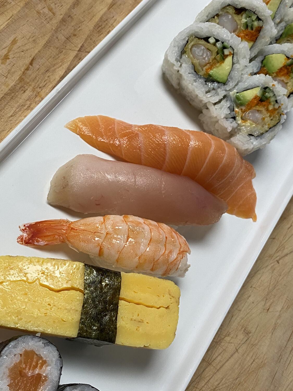 Dynamite Combo (Salmon Roll)