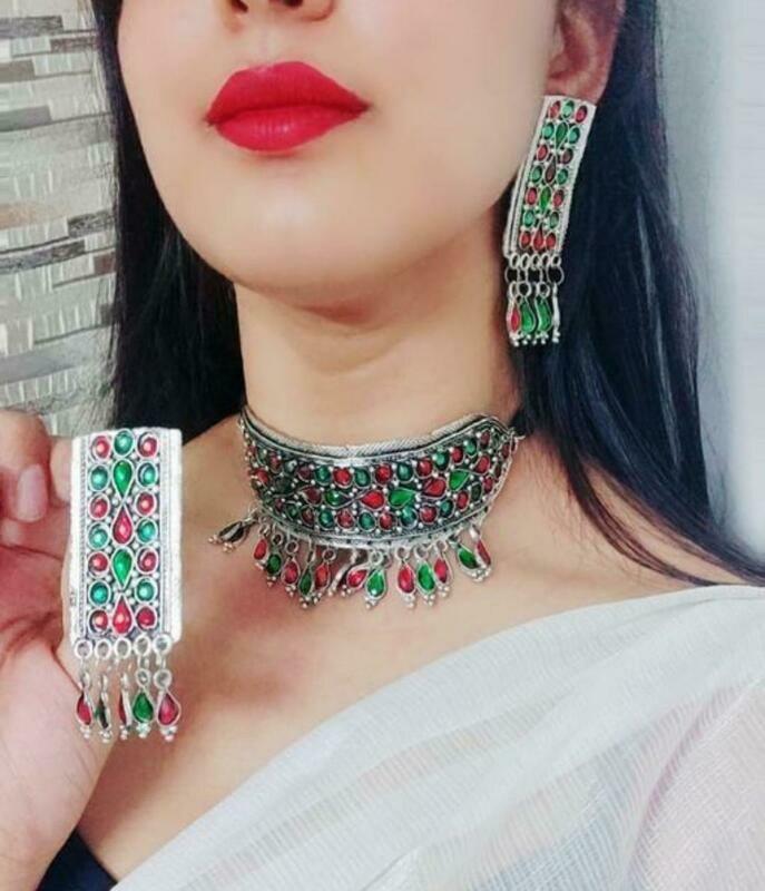 Twinkling Graceful Women's Necklace