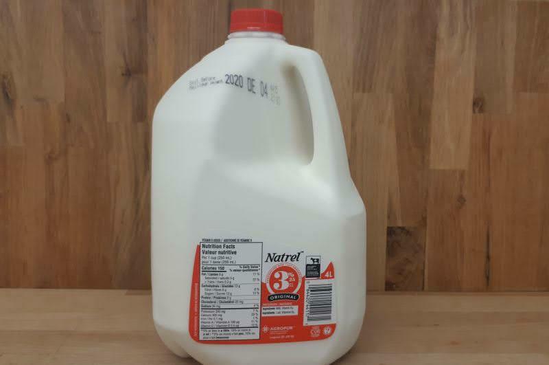 Island Farms 3.25% Milk - 4L