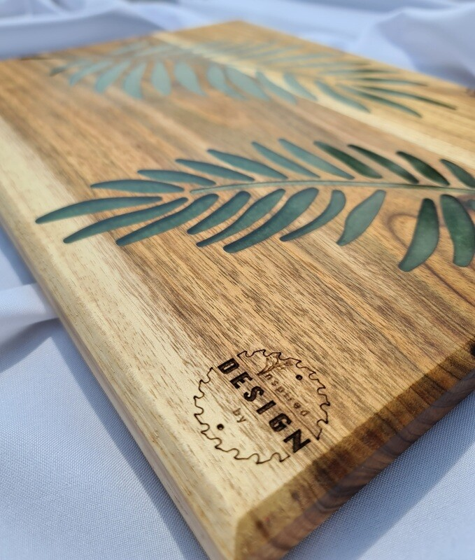 SERVING/CHEESE BOARD - AUSTRALIAN BLACKWOOD - GREEN RESIN (LEAVES)