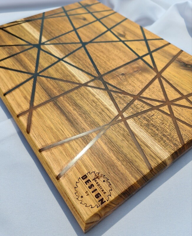 SERVING/CHEESE BOARD - AUSTRALIAN BLACKWOOD - BLACK & GOLD (LINES)