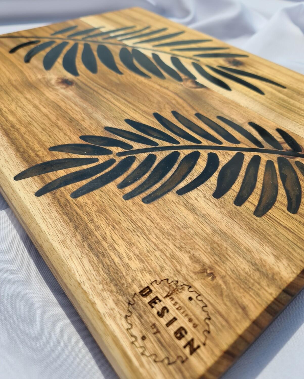 SERVING/CHEESE BOARD - AUSTRALIAN BLACKWOOD - GREEN & GOLD (LEAVES)