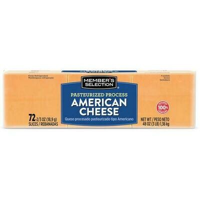 Member's Selection Pasteurized Process American Cheese 1.36 kg / 3 lb 72 Slices
