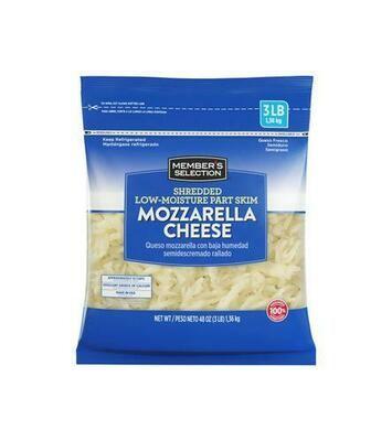 Member's Selection Shredded Low-Moisture Part Skim Mozzarella Cheese 1.36 kg / 3 lb