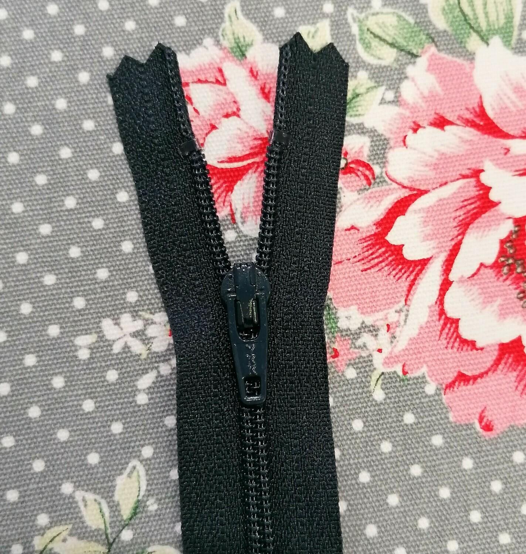"""41cm (16"""") Nylon dress zip - Navy"""
