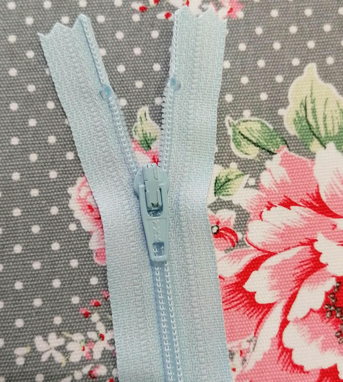 """Dress Zip 16"""" (41cm) - Pale Blue"""
