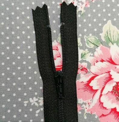 Dress Zip 23cm (9