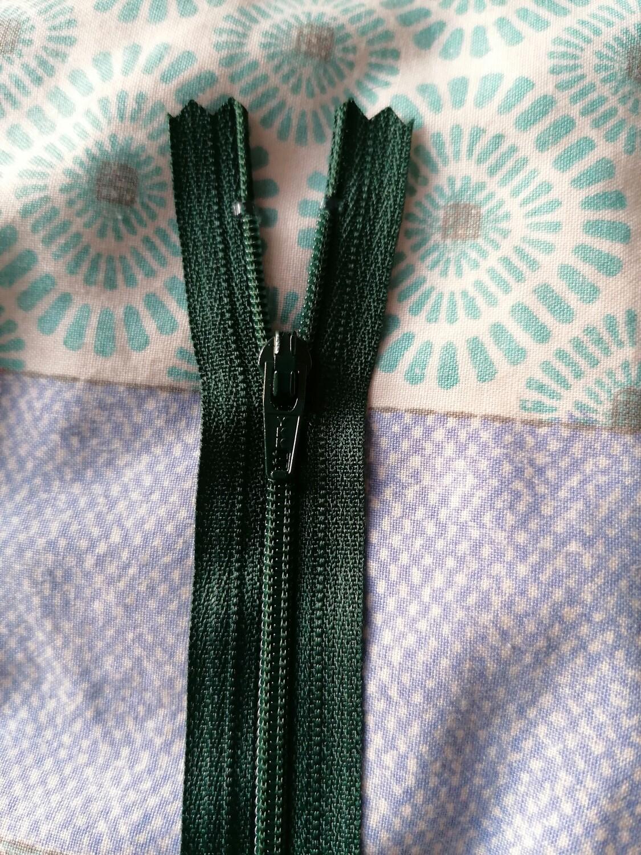 """15cm (6"""") nylon skirt and trouser zip Bottle Green"""