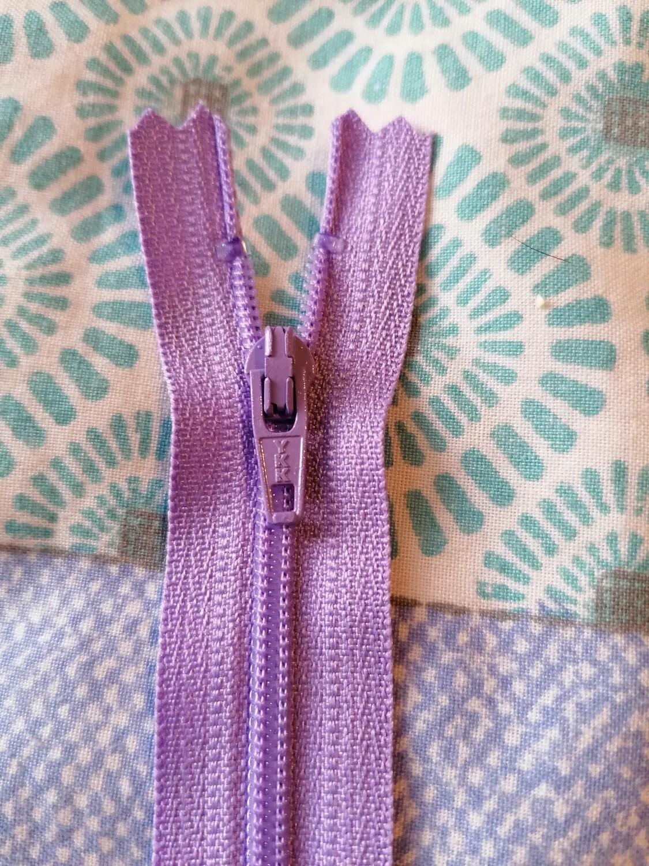 """23cm (9"""") skirt & trouser zips -  Lilac"""