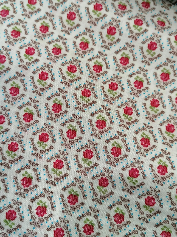 Cotton Lawn - Little roses