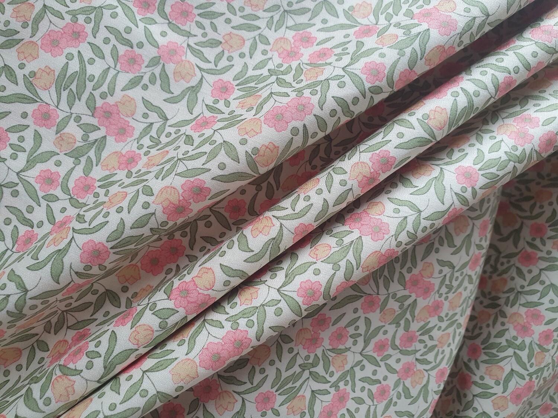 Cotton Poplin - Tiny Pink Flowers
