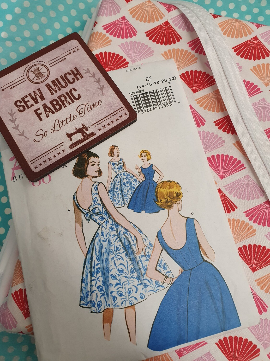 Sew Vintage Fabulous sewing box (subscription)