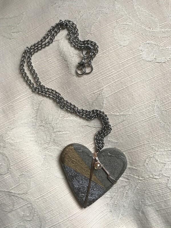 Colgante Corazón de concreto gris