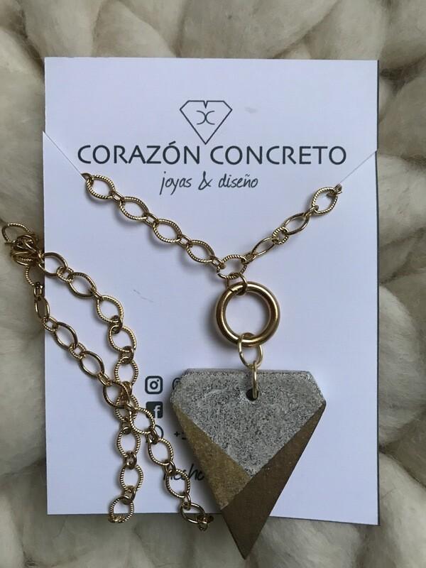Colgante forma diamante cemento blanco