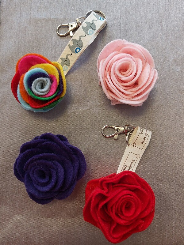 Rosey Posey Brooch or keychain