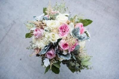 {Classic Lush} Bridal Bouquet